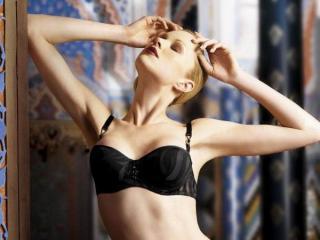Voir le liveshow de  AdelAdler de Xlovecam - 24 ans - Sexy blonde