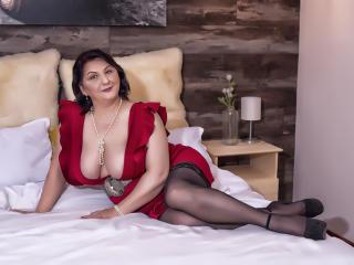 MILFPandora sexy cam girl