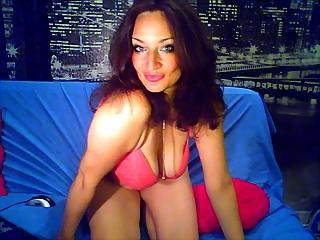 Voir le liveshow de  TereseHot de Xlovecam - 40 ans - Nice and very sexy hot woman. Five stars girl !