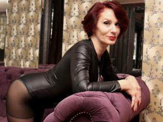 Voir le liveshow de  IntoKinkyFantasies de Xlovecam - 49 ans - I am your new fantasy ,I am submissive woman and also sometimes your  kinky mistress ,I ...