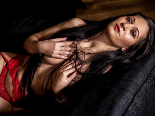 Voir le liveshow de  ExoticValery de Xlovecam - 35 ans - All natural woman, with a great sense of humor and honest, I like to bring life to our experi ...