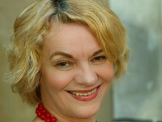 Enjoy your live sex chat MadlenMature69 from Xlovecam - 57 years old - I mature kinky lady