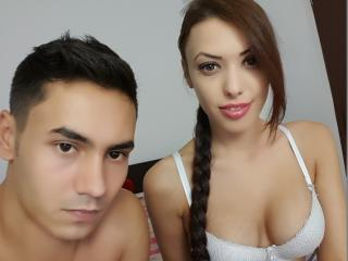 Voir le liveshow de  LovelyyXCouple de Xlovecam - 22 ans - We are a nice couple ready to have some fun !