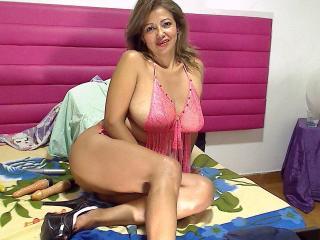 Voir le liveshow de  MatureDelicious de Xlovecam - 50 ans - Hot and sexy for you